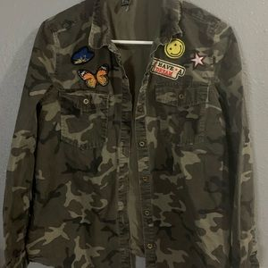Camo embroidered jacket